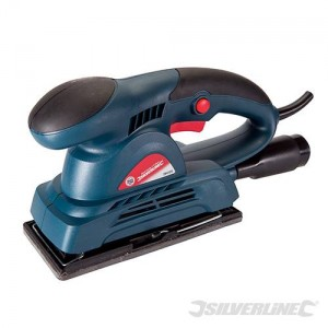 Ponceuse vibrante Silverstorm 150 W